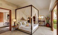 Abaca Villas Bedroom with Garden View, Petitenget | 6 Bedroom Villas Bali