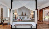 Abaca Villas Four Poster Bed, Petitenget | 6 Bedroom Villas Bali