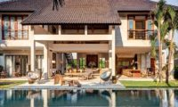 Abaca Villas Pool Side, Petitenget | 6 Bedroom Villas Bali