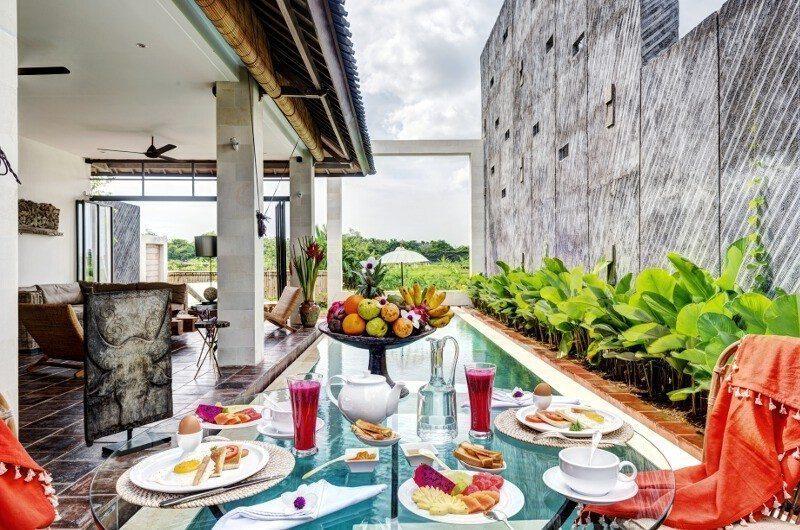 Abaca Villas Pool Side Dining, Petitenget | 6 Bedroom Villas Bali