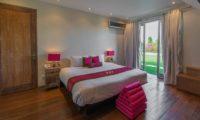 Casa Mateo Bedroom with Wooden Floor, Seminyak | 6 Bedroom Villas Bali
