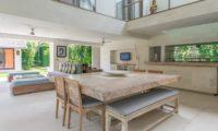 Casa Mateo Living and Dining Area, Seminyak | 6 Bedroom Villas Bali