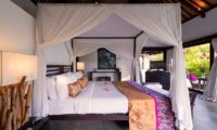 Chalina Estate Four Poster Bed with Garden View, Canggu | 6 Bedroom Villas Bali