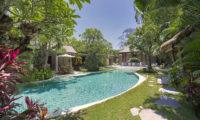 Lataliana Villas Gardens and Pool, Seminyak   6 Bedroom Villas Bali