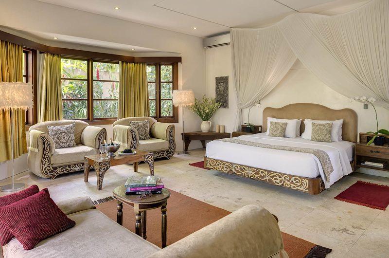 Lataliana Villas Bedroom with Seating Area, Seminyak | 6 Bedroom Villas Bali