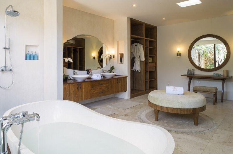 Lataliana Villas En-Suite Bathroom with Bathtub, Seminyak | 6 Bedroom Villas Bali