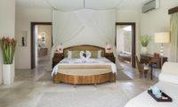 Lataliana Villas Bedroom with En-Suite Bathroom, Seminyak   6 Bedroom Villas Bali