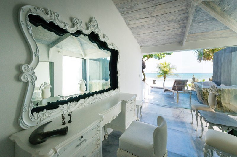 Morabito Art Villa En-Suite Bathroom, Canggu | 6 Bedroom Villas Bali