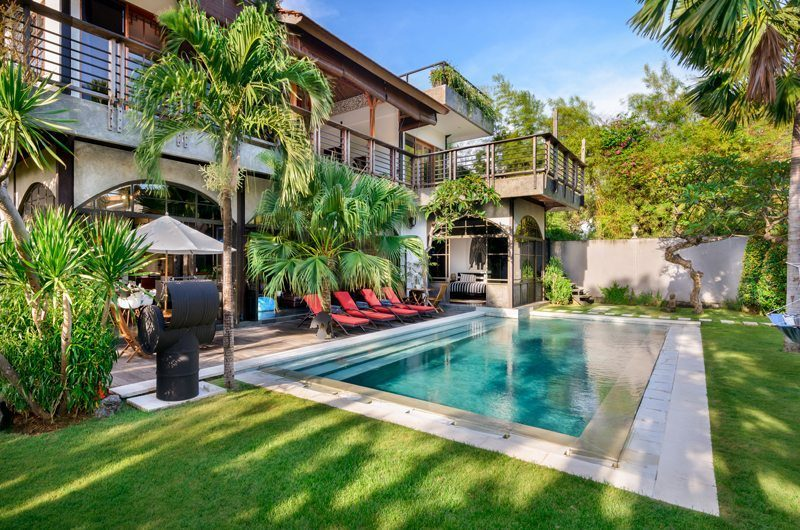 Niconico Mansion Gardens and Pool, Petitenget   6 Bedroom Villas Bali