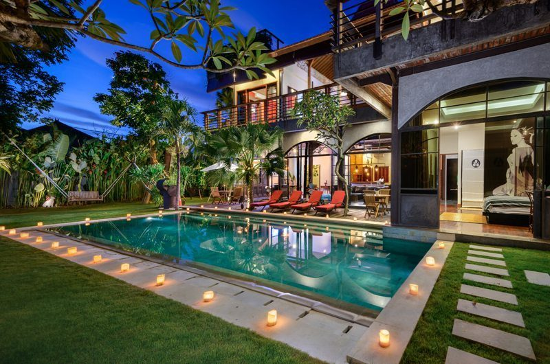 Niconico Mansion Swimming Pool, Petitenget   6 Bedroom Villas Bali