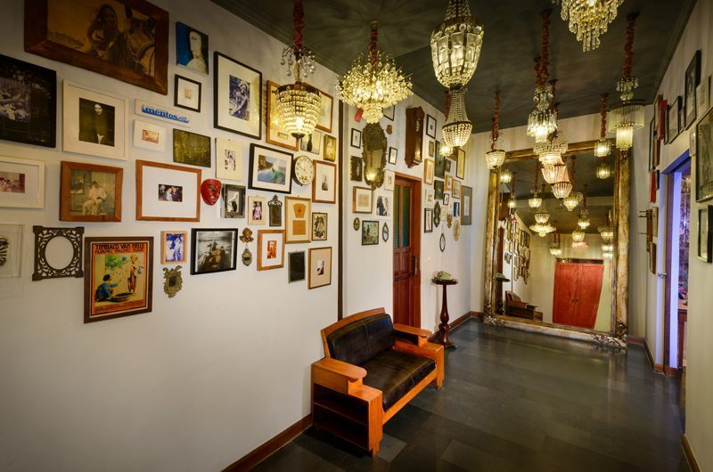 Niconico Mansion Lounge Area, Petitenget   6 Bedroom Villas Bali
