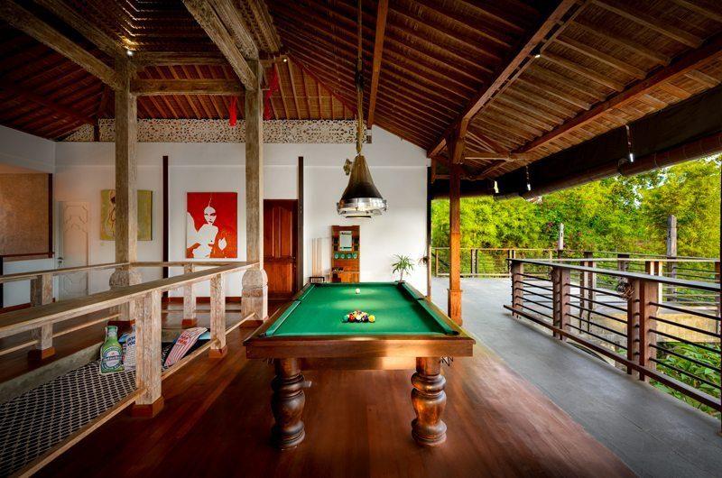 Niconico Mansion Billiard Table, Petitenget   6 Bedroom Villas Bali
