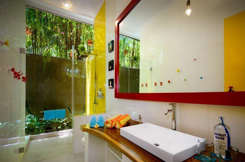 Niconico Mansion Semi Open Bathroom with Shower, Petitenget   6 Bedroom Villas Bali