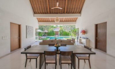 Nyaman Villas Indoor Living and Dining Area, Seminyak | 6 Bedroom Villas Bali