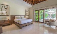 Nyaman Villas Bedroom with Seating Area, Seminyak | 6 Bedroom Villas Bali