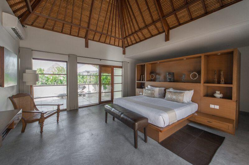 Nyaman Villas Bedroom and Balcony, Seminyak | 6 Bedroom Villas Bali