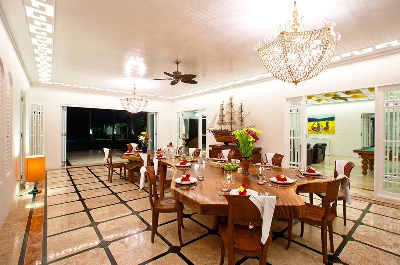 Puri Nirwana Dining Area, Gianyar   6 Bedroom Villas Bali