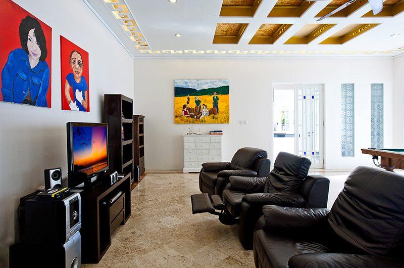 Puri Nirwana TV Room, Gianyar   6 Bedroom Villas Bali