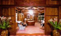Puri Nirwana En-Suite Bathroom with Seating Area, Gianyar   6 Bedroom Villas Bali