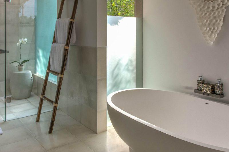 Seseh Beach Villas Bathtub, Seseh | 6 Bedroom Villas Bali