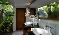 Seseh Beach Villas Semi Open Bathroom, Seseh | 6 Bedroom Villas Bali