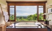 The Longhouse En-Suite Bathroom with Bathtub, Jimbaran | 6 Bedroom Villas Bali