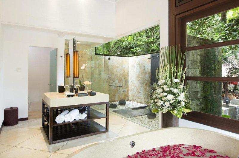 The Sanctuary Bali Bathroom with Shower, Canggu | 6 Bedroom Villas Bali