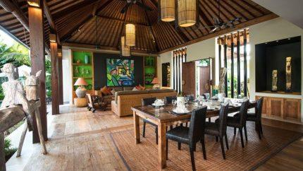 Villa Abakoi Indoor Living and Dining Area, Seminyak | 6 Bedroom Villas Bali