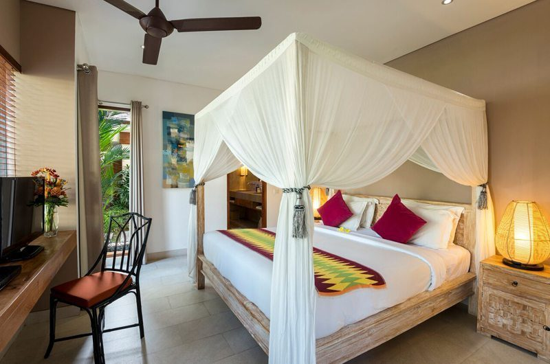 Villa Abakoi Bedroom with TV, Seminyak | 6 Bedroom Villas Bali