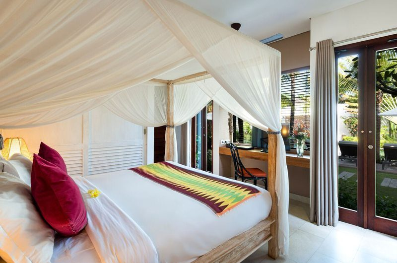 Villa Abakoi Bedroom with Garden View, Seminyak | 6 Bedroom Villas Bali