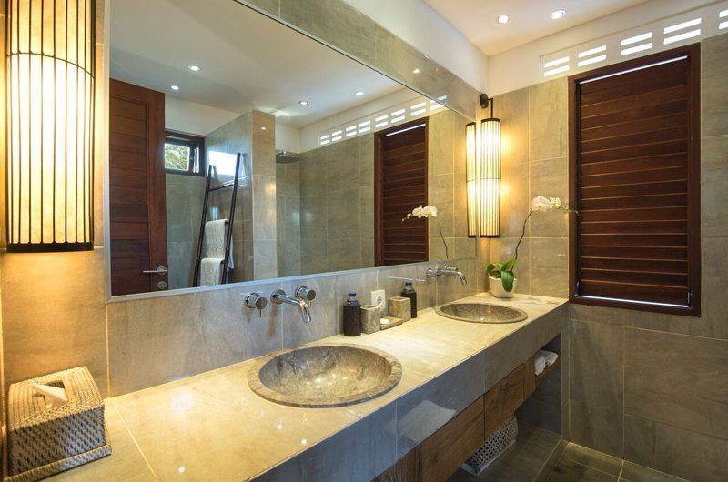 Villa Abakoi En-Suite Bathroom, Seminyak   6 Bedroom Villas Bali