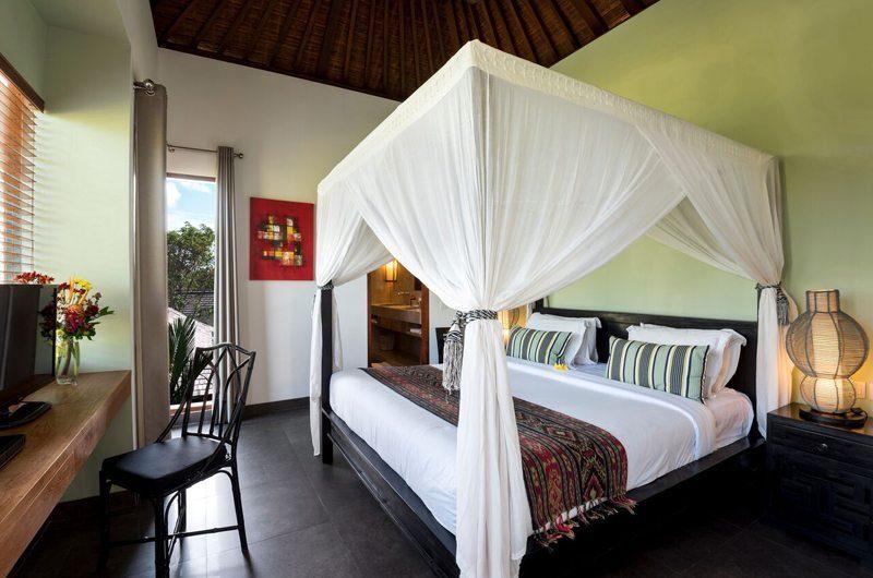 Villa Abakoi Four Poster Bed, Seminyak   6 Bedroom Villas Bali