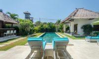 Villa Alore Sun Loungers, Seminyak | 6 Bedroom Villas Bali