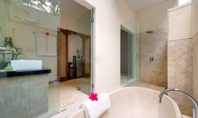 Villa Angsoka Semi Open Bathroom, Candidasa | 6 Bedroom Villas Bali