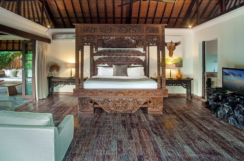 Villa Avalon Bali Bedroom with Wooden Floor, Canggu | 6 Bedroom Villas Bali