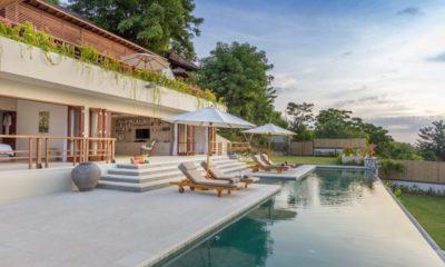 Villa Bayu Sun Loungers, Uluwatu | 6 Bedroom Villas Bali