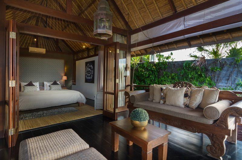 Villa Bayu Bedroom and Balcony, Uluwatu | 6 Bedroom Villas Bali