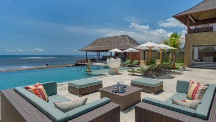 Villa Bayu Gita Pool Side Lounge, Sanur | 6 Bedroom Villas Bali