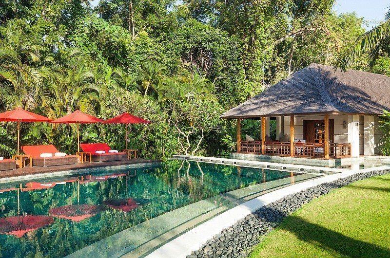 Villa Beji Sun Loungers, Canggu | 6 Bedroom Villas Bali
