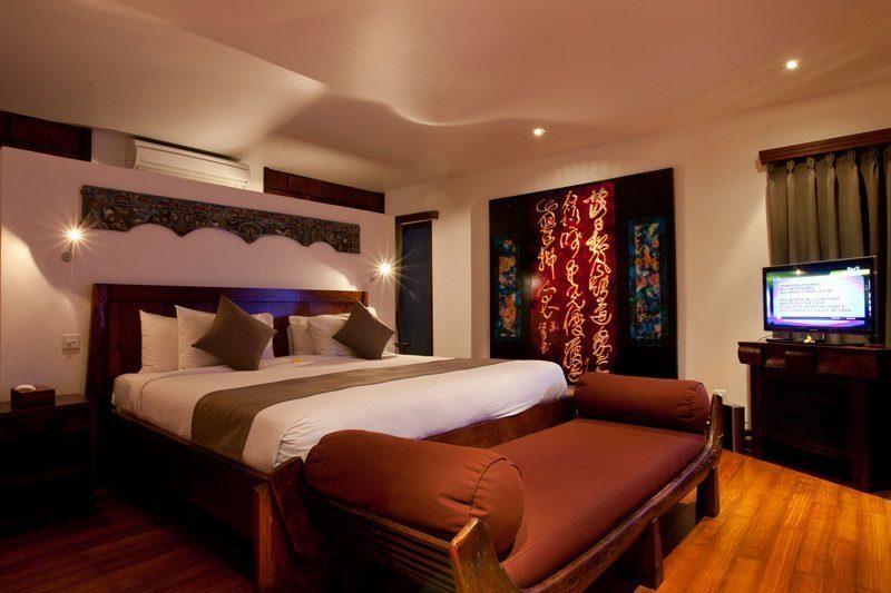 Villa Casis Bedroom with Sofa, Sanur | 6 Bedroom Villas Bali
