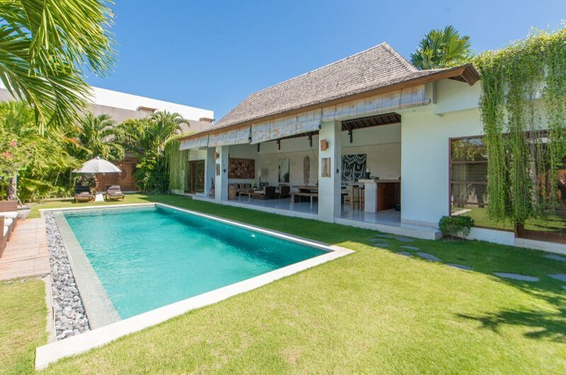 Villa Chocolat Gardens and Pool, Seminyak | 6 Bedroom Villas Bali