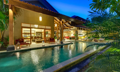 Villa Kinaree Estate Pool at Night, Seminyak | 6 Bedroom Villas Bali