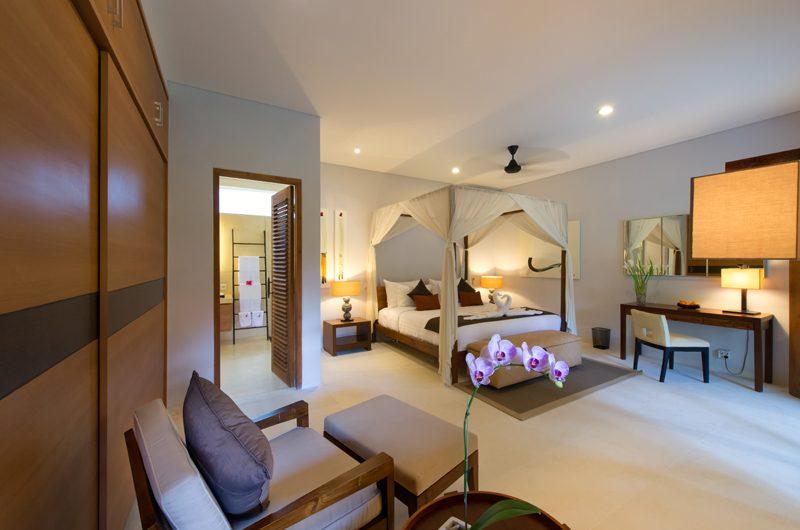 Villa Kinaree Estate Bedroom with Study Table, Seminyak | 6 Bedroom Villas Bali