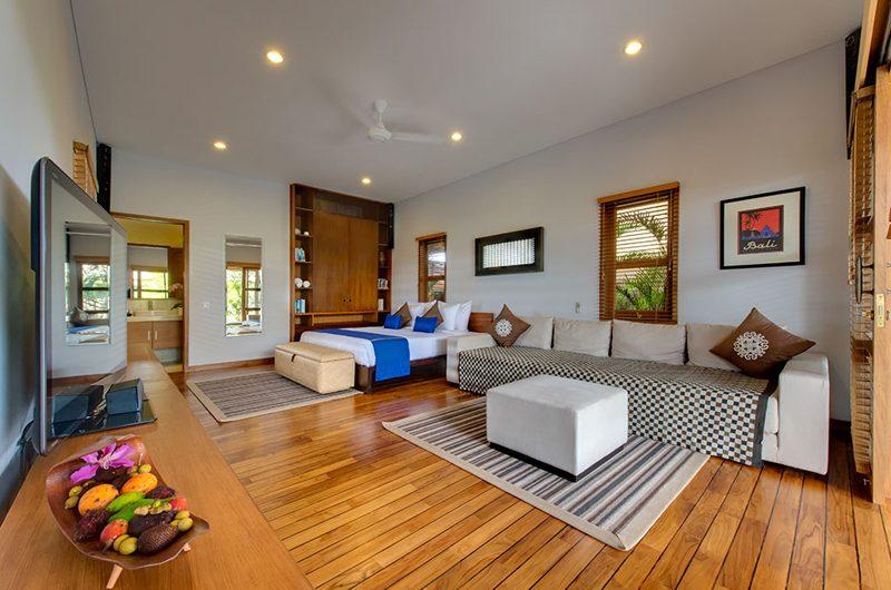 Villa Kinaree Estate Bedroom with Wooden Floor, Seminyak | 6 Bedroom Villas Bali