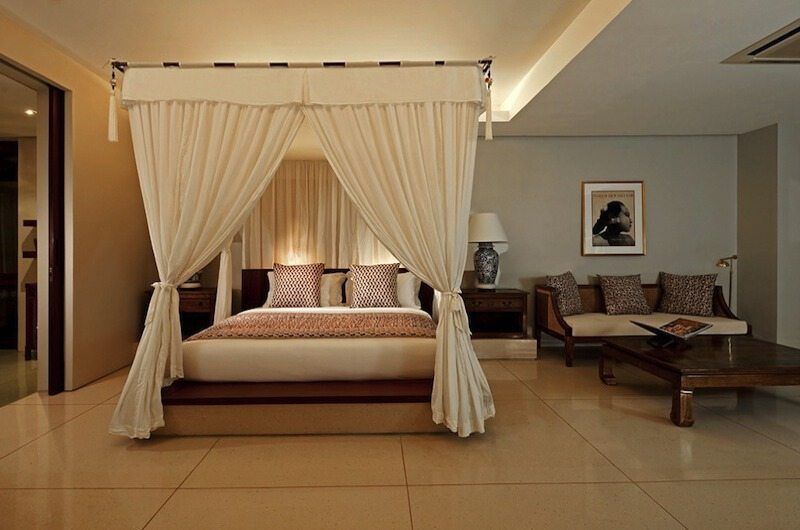Villa Lilibel Four Poster Bed with Sofa, Seminyak | 6 Bedroom Villas Bali