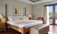 Villa Lilibel Bedroom with Seating Area, Seminyak | 6 Bedroom Villas Bali