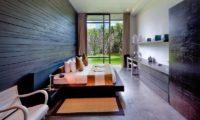 Villa Mana Bedroom with Seating Area, Canggu   6 Bedroom Villas Bali
