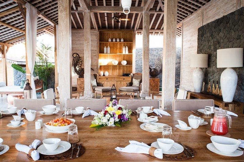 Villa Mannao Living and Dining Area, Kerobokan | 6 Bedroom Villas Bali
