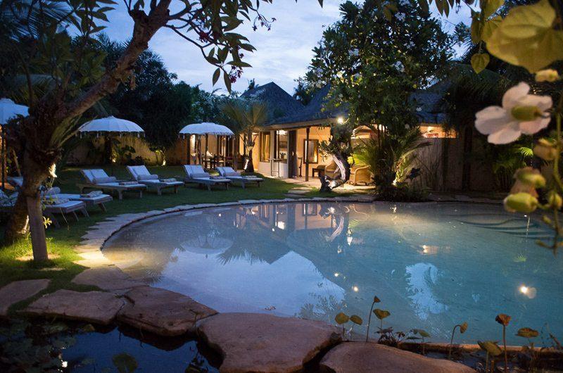 Villa Phinisi Pool at Night, Seminyak | 6 Bedroom Villas Bali