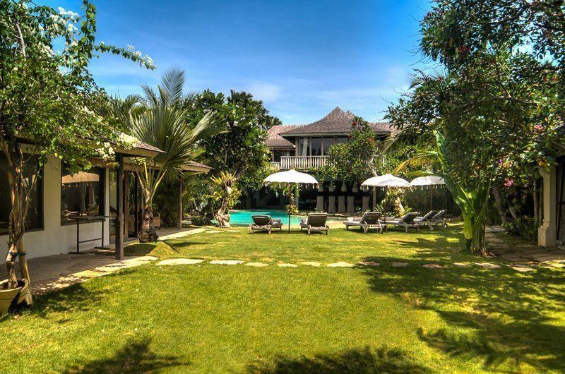 Villa Phinisi Gardens and Pool, Seminyak | 6 Bedroom Villas Bali